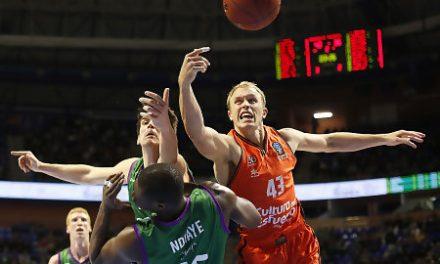 Un Valencia Basket superior tras el descanso gana en Málaga y ya es líder