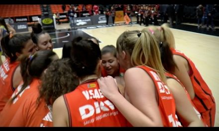 Gran ambiente en el derbi valenciano de Liga Femenina 2