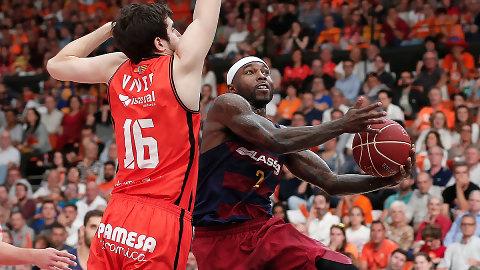 FC Barcelona Lassa y Valencia Basket afrontan el segundo asalto de su serie