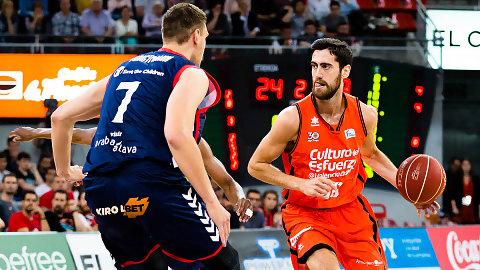 Valencia Basket vence a un Baskonia que no supo rematar (82-83)
