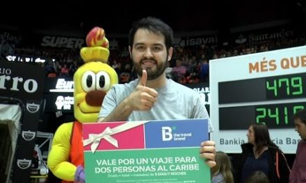B the travel brand en J31 Liga Endesa vs Rio Natura Monbus