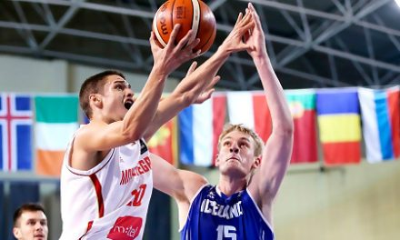 Valencia Basket alcanza un acuerdo con el pívot islandés Tryggvi Hlinason