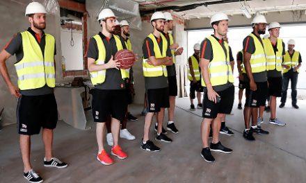 Los Campeones de la Liga Endesa visitan las obras de L'Alqueria del Basket