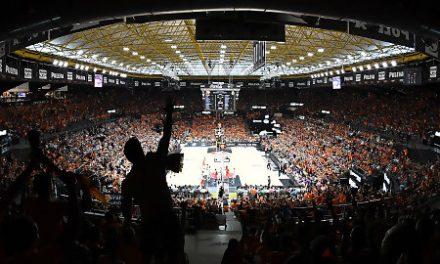 """Valencia Basket alcanza el """"lleno técnico"""" en la Fonteta con 7.985 abonados"""
