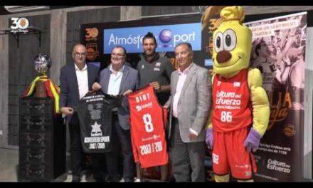 Acto Renovación de Antoine Diot en Atmósfera Sport