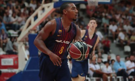 Un sólido FCB Lassa aguanta la embestida final del Valencia Basket (63-69)