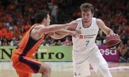 El Real Madrid tira de fondo de armario para vencer al Valencia Basket (82-86)