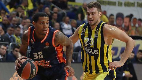Valencia Basket peleó, pero no pudo superar al Fenerbahce (79-66)