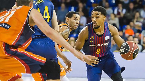 Trabajado triunfo del Barça Lassa ante Valencia Basket (79-74)