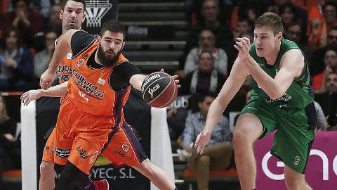 Valencia Basket recupera confianza y se acerca a la Copa (102-81)