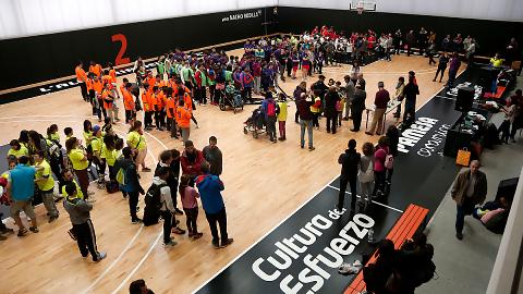 Más de 300 niños y niñas de educación especial disfrutan en L'Alqueria
