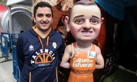 El Ninot Taronja llega a la Falla Telefónica