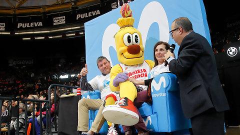 Movistar pone la animación al partido entre Valencia Basket y Baskonia