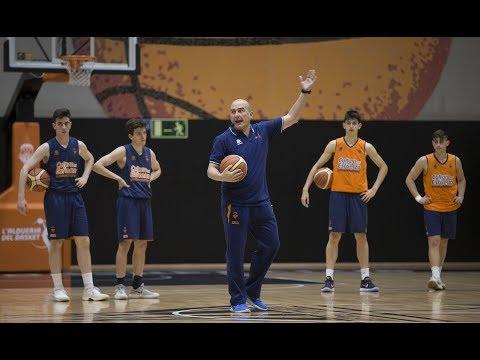 Octava jornada de formación abierta de entrenadores con Jaume Ponsarnau