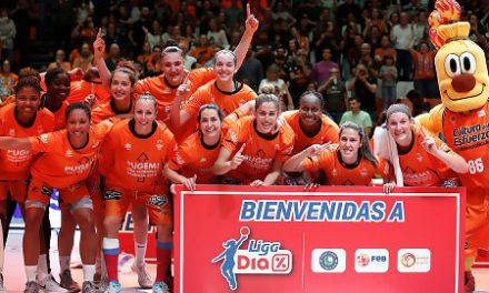 La Fonteta rendirá homenaje al primer equipo femenino tras su ascenso