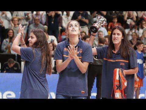 Homenaje al equipo femenino en J32 Liga Endesa vs Movistar Estudiantes