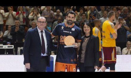 Rafa Martínez recibe el Trofeo al Esfuerzo 2017-2018