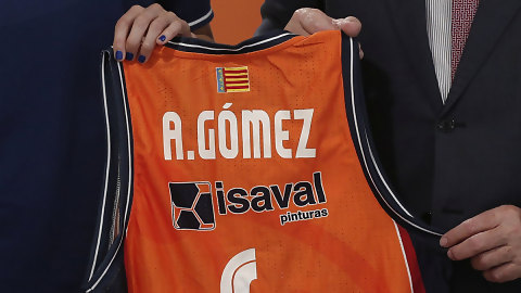 Pinturas Isaval dobla su apuesta por el Valencia Basket