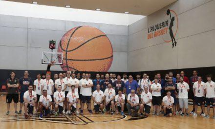 El II Campus de Entrenadores se estrena en l'Alqueria del Basket