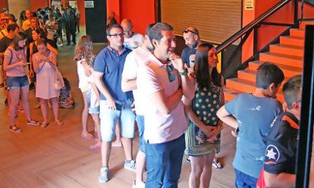 Gran expectación en el inicio de la venta libre de abonos de Valencia BC