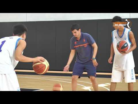 Visita jugadores chinos a L'Alqueria del Basket