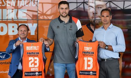 Mike Tobey: «No dudé en volver al Valencia Basket»