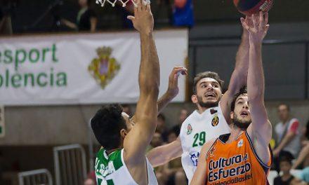 Victoria del Valencia BC ante el TAU Castelló (55-88)