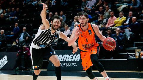 Van Rossom y Thomas guían al Valencia Basket a una cómoda victoria (87-66)