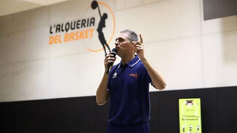 """José Garay: """"La apuesta de Valencia Basket por la formación es un lujo"""""""
