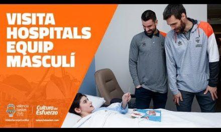 Visita navideña masculina a los Hospitales junto a Falomir Juegos