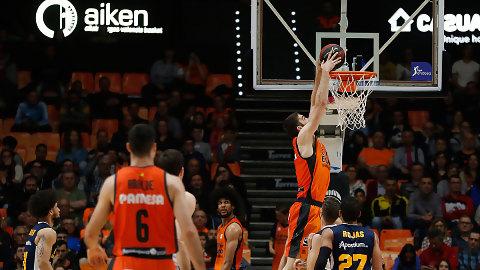 El Valencia Basket suma un nuevo triunfo a costa del UCAM Murcia (89-65)