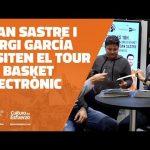 Joan Sastre y Sergi García visitan el Tour de Basket Electrónico