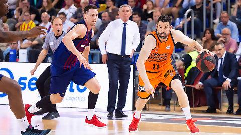 El Valencia Basket gana en Barcelona y hace líder al Real Madrid (72-78)