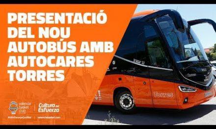 Presentación del nuevo autobús de VBC con Autocares Torres