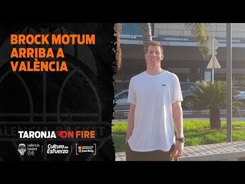 Brock Motum Arriba a València