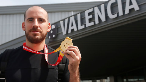 """Quino Colom: """"Quiero engancharme rápido al Valencia BC"""""""