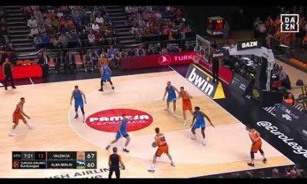 5 triples de Aaron Doornekamp vs ALBA Berlin J17 Turkish Airlines Euroleague