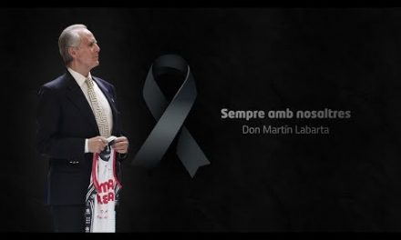 Minuto de silencio en memoria de Don Martín Labarta