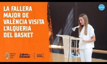 La Fallera Mayor de València visita L'Alqueria del Basket
