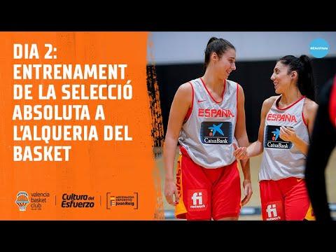 La selección española femenina en L'Alqueria del Basket: declas Raquel Carrera