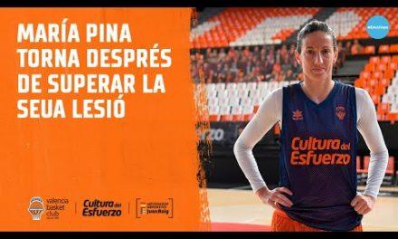 María Pina se reincorpora con el equipo tras su lesión