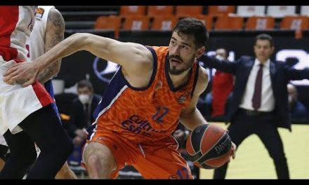 Nikola Kalinic en las prórrogas J24 Turkish Airlines EuroLeague vs CSKA Moscú
