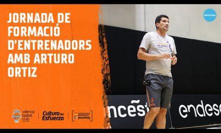 Jornada de formación de entrenadores con Arturo Ortiz